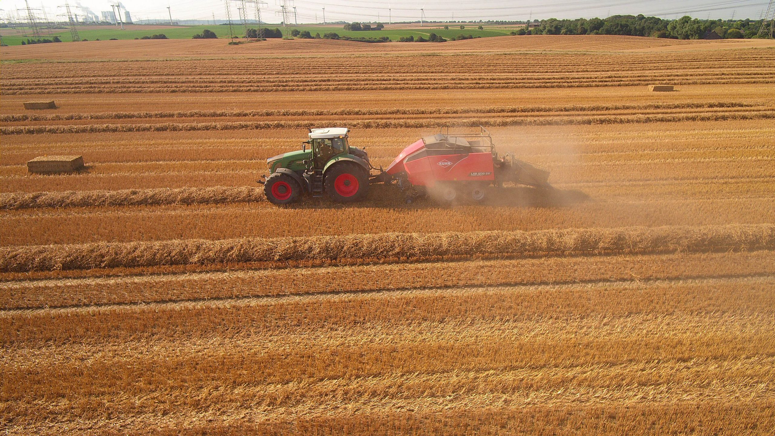 NEW SQUARE BALER GIVES IMPROVED PERFORMANCE