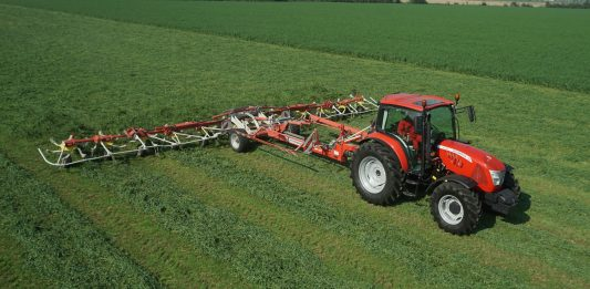 NEW-GENERATION MCCORMICK X5 SERIES TRACTORS HAVE MORE TRANSMISSION OPTIONS